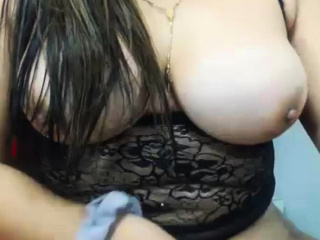 Busty Shemale Unsustained Bushwa Atop Cam
